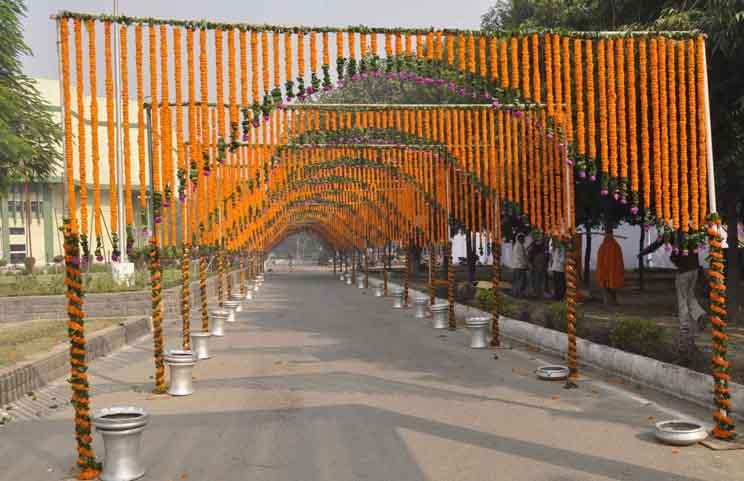 महाराष्ट्र  सरकार  देगी अंतरजातीय विवाह करने वाले जोड़ो को सरकारी नौकरी