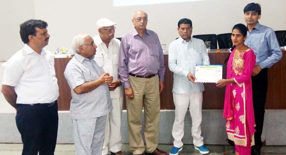 स्किल इंडिया के सपने को साकार करने में सहयोग करें शिक्षण संस्थान : राजेश नागर