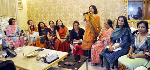 विमन टीवी इंडिया आर्गनाइजेशन ने आयोजित की गोष्ठी