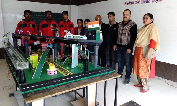 बीपी स्कूल के छात्रों द्वारा तैयार मॉडल को मिला देश में पांचवां स्थान