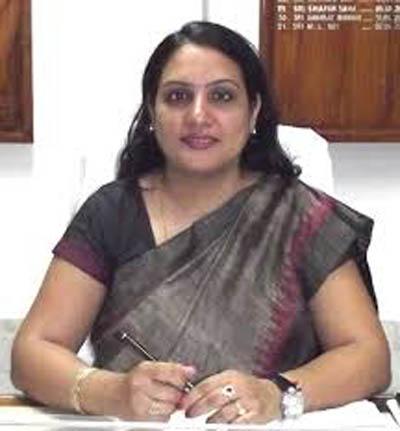 निगमायुक्त की  स्मार्ट सिटी को लेकर दिल्ली में बैठक