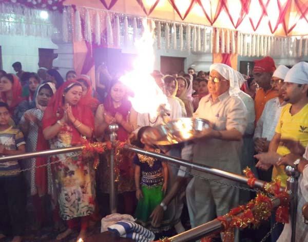 वैष्णोदेवी मंदिर में आज हुई मां चंद्रघंटा की भव्य पूजा अर्चना
