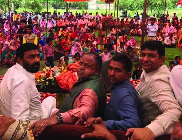 किशन ठाकुर का तातरपुर में जोरदार स्वागत