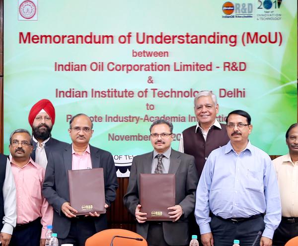 इंडियनऑयलआर एंड डीनेआईआईटी दिल्ली के साथ एमओयू हस्ताक्षरित किया