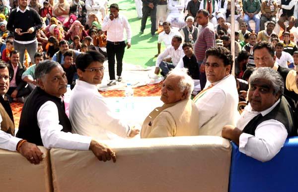 समाज तोडक़र राजनीति करने वाली भाजपा सरकार को बदलना जरुरी : दीपेंद्र हुड्डा