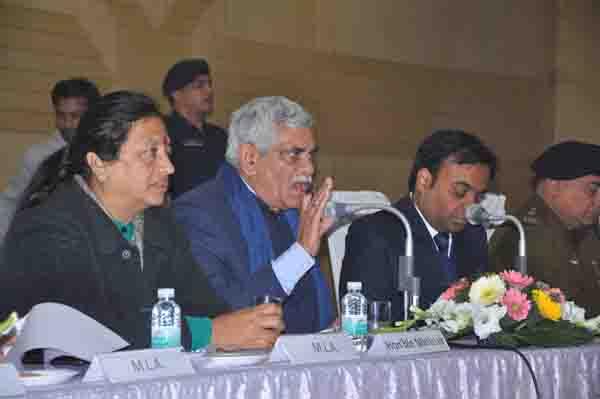 जिला लोक सम्पर्क एवं परिवाद समिति की बैठक आयोजित