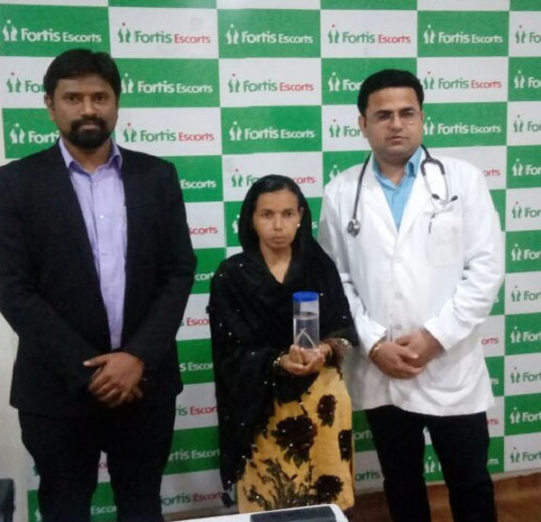 15-cm round worm removed from patient Endoscopeat Fortis Escorts