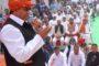 धर्मबीर भडाना के नेतृत्व में पकौड़े बेचकर किया रोष प्रकट