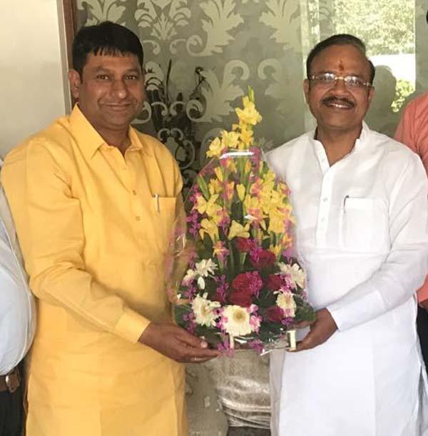 बलदेव अलावलपुर ने दी डा. जैन को राज्यसभा से चुने जाने पर बधाई