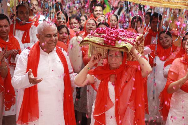रामनवमी यज्ञ महोत्सव पर - विशाल शोभा-यात्रा का आयोजन