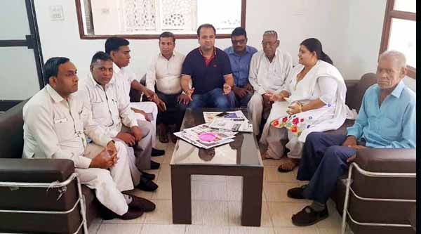 कांग्रेस पार्टी का अभिन्न अंग है दलित समाज : सुमित गौड़