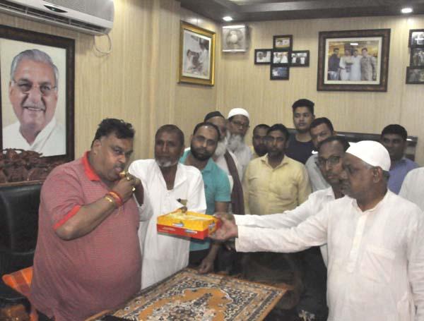 सफल इफ्तार दावत पर मुसलिम समाज ने किया धन्यवाद