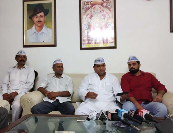 बडख़ल विस में भाजपा नेताओं की गुंडागर्दी बर्दाश्त नहीं होगी: धर्मबीर भड़ाना