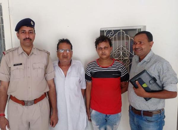 गोली काण्ड में आरोपी  बाप-बेटा अपराध शाखा DLF द्वारा गिरफ्तार