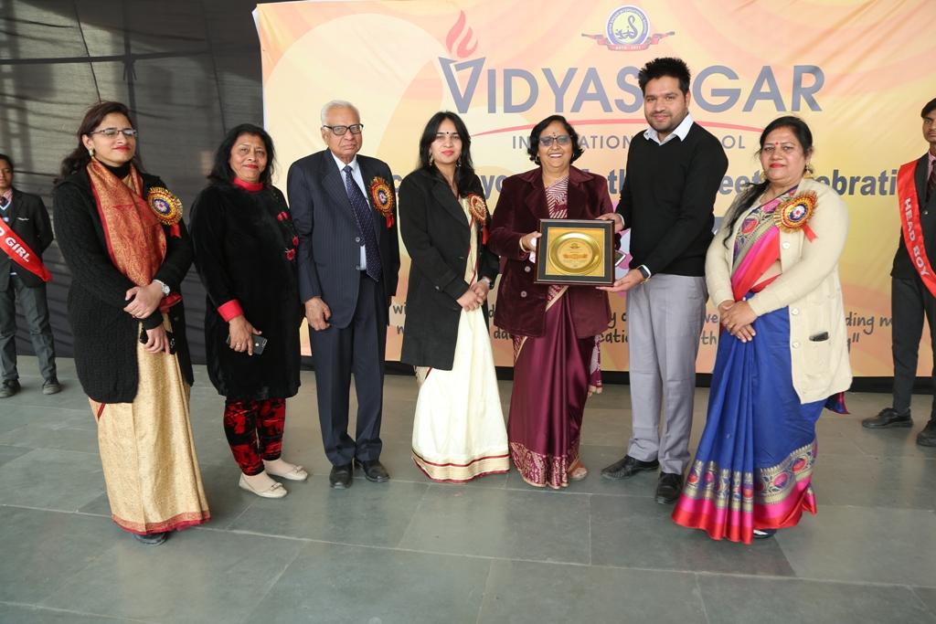 विद्यासागर इंटरनेशनल स्कूल ने किया मदर्स मीट का आयोजन