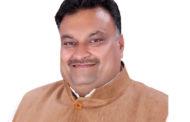 झूठी वाहवाही न लूटें मंत्री, प्रशासन को करने दें काम: लखन सिंगला