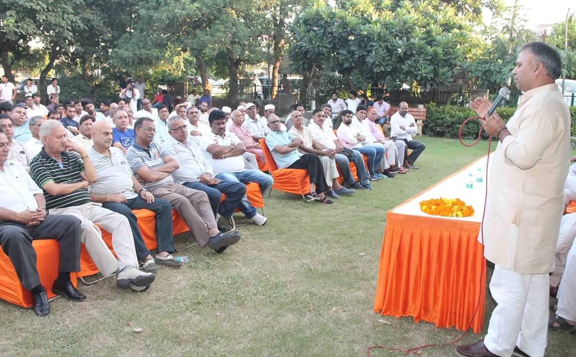 बडख़ल विस क्षेत्र के लोगों की सेवा के लिए चुनावी मैदान में आया हूं :विजय प्रताप सिंह