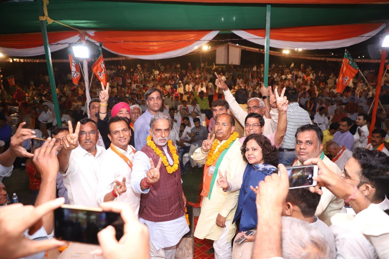 नरेंद गुप्ता को प्रचार के अंतिम दौरे मे मिला लोगों का खुला समर्थन