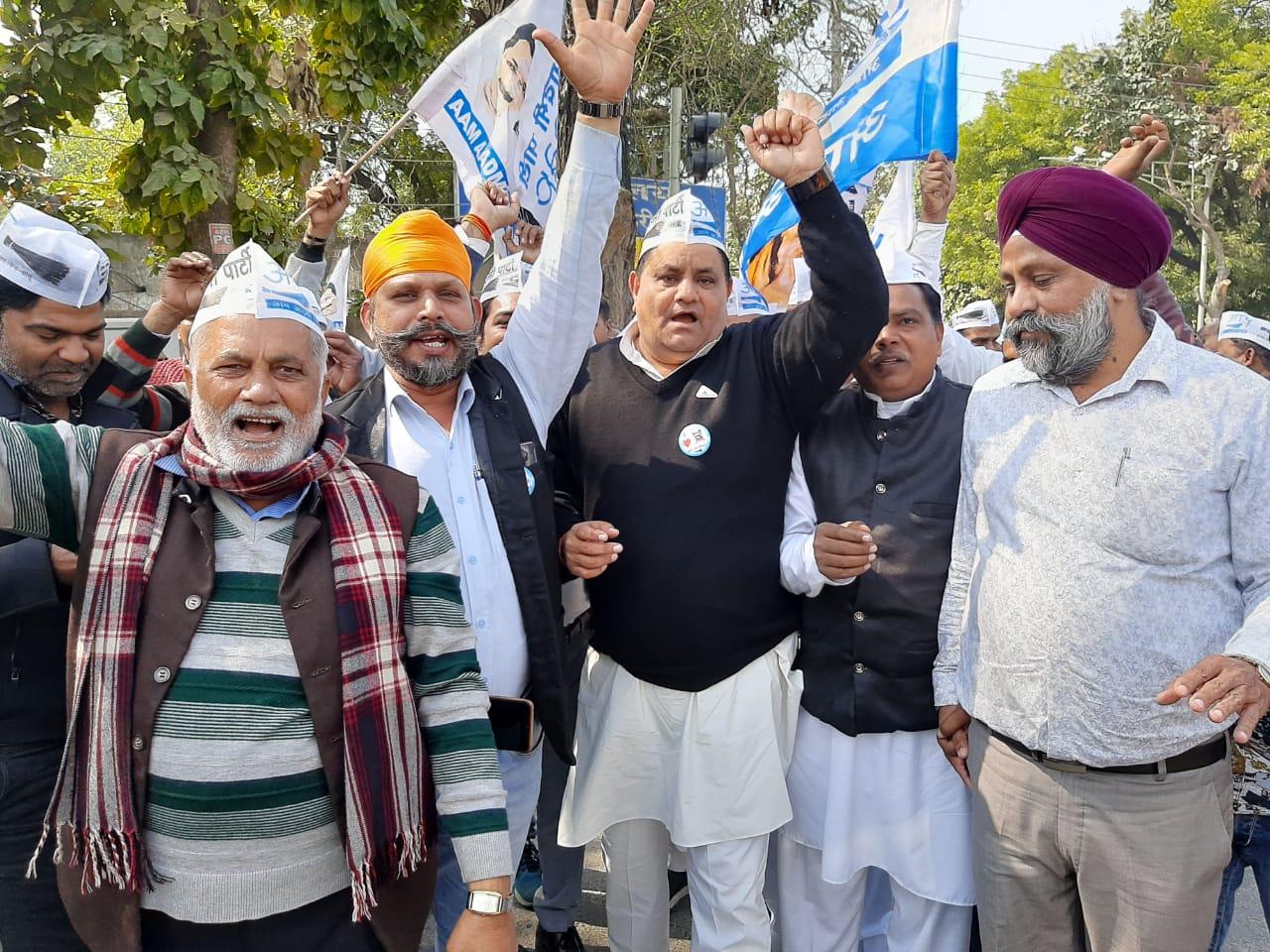 दिल्ली की जनता ने विकास को वोट दिया : धर्मबीर भडाना