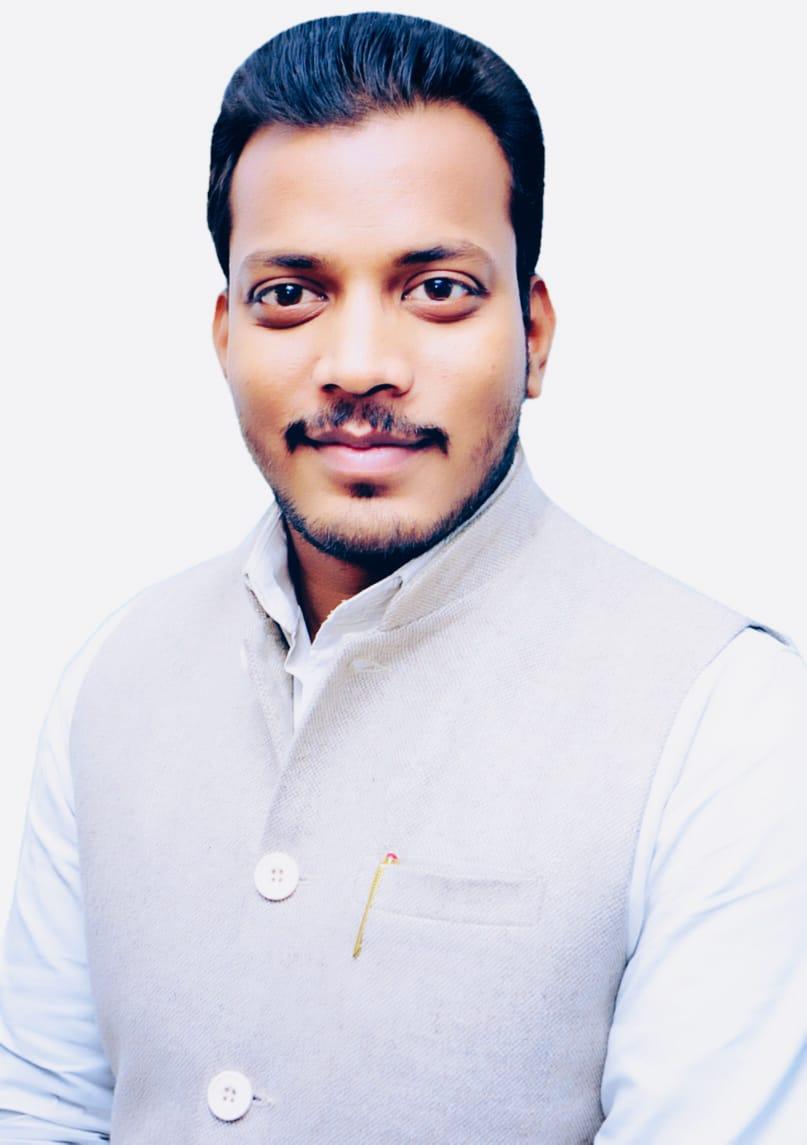 ज़रूरतमंदो को सोशल मीडिया के माध्यम से राहत सामग्री पहुंचा रहे भाजपा युवा मोर्चा के कार्यकर्ता राहुल दीक्षित